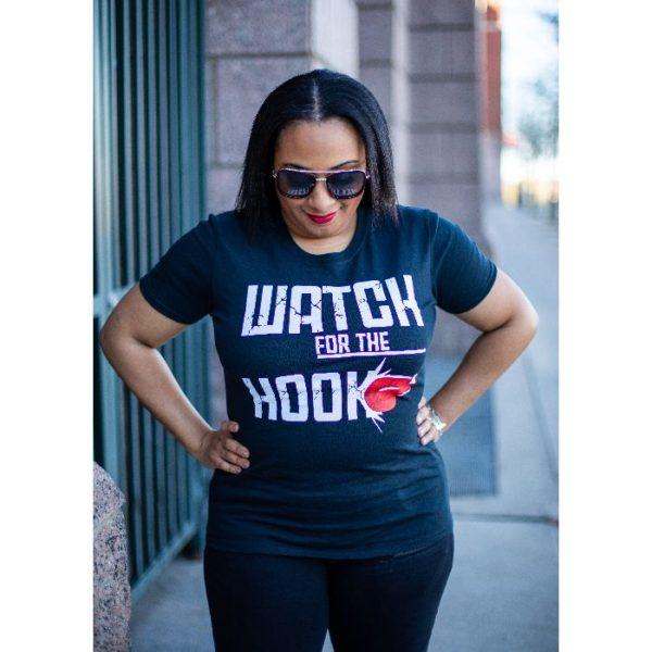 women's black tshirt